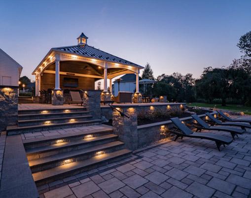 outdoor patio with pergola