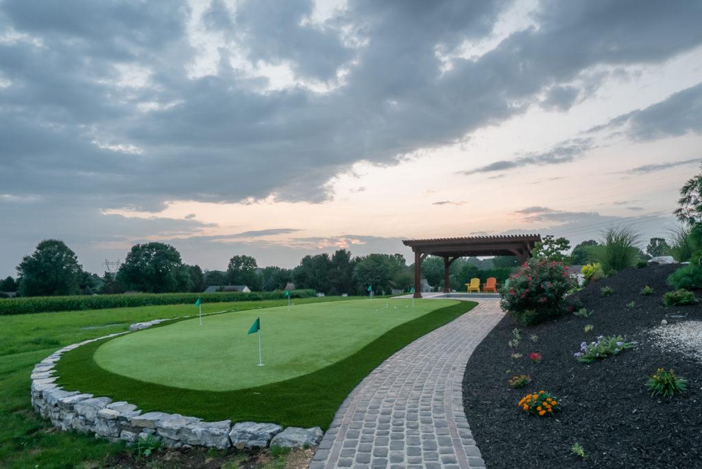 walkway around miniture golf course